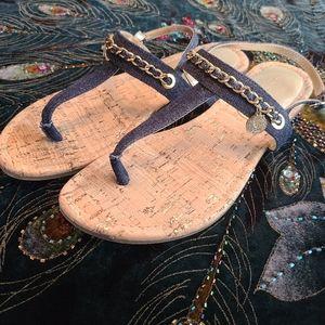 EUC Guess Sandals